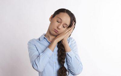 Comment bien dormir la nuit avec des douleurs aux cervicales ?